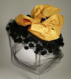 Woman's hat | United States, circa 1949 | Label: Mr. John, Inc. | Materials: slk, silk net, silk taffeta | Los Angeles County Museum of Art, LACMA