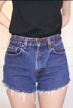 The right way to cut jeans into shorts → http://youtu.be/hdPnhgQbXH8