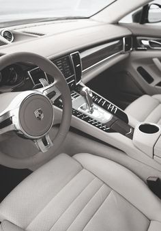 Porsche | Panamera Turbo Interior