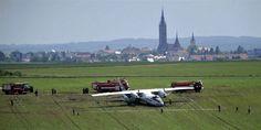 PhotoBlog - Russian military plane crashes outside Prague