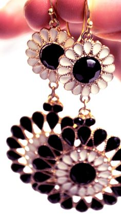 Bling up your outfit with this pair of fab earings xxx #SHERRIHILLSTYLE