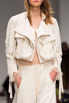 Cropped jacket with large flap pockets; runway fashion details // Blumarine Spring 2016