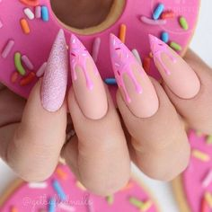 Sexuality Acrylic Stiletto Nails In 2019 Summer - Nail Art Connect What is the best choice of summer manicures? Of course, stiletto nails are the first. Pink Gel, Pink Nails, Gel Nails, Matte Pink, Pastel Goth Nails, Nail Nail, Nail Glue, Toenails, Coffin Nails
