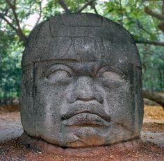 Olmec head, El Parque Museo la Venta, Villahermoso, Tabasco, Mexico