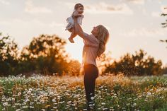 6 month old baby girl photoshoot | mother daughter photos | Mother's Day Photos | Flower Field