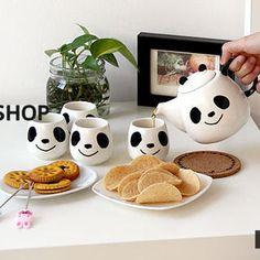 Lazy Corner - Set: Panda-Print Pot + Mugs