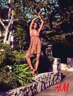 Daria-Werbowy-HM-Spring-Summer-2012-06.jpg (439×580)