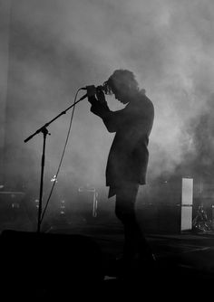 New Music Concert Photography The 1975 Ideas Musician Photography, Band Photography, Concert Photography, Alone Photography, Photography Ideas, Music Is Life, Live Music, Good Music, Arctic Monkeys