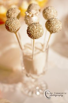 Great Gatsby Cake Pops