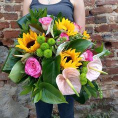 Ανθοπωλείο στη Θεσσαλονίκη Fresh Flowers, Flower Art, Floral Wreath, Wreaths, Plants, Home Decor, Art Floral, Floral Crown, Decoration Home