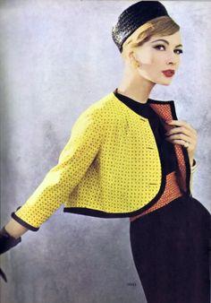 Yellow Vintage statement colour coat-classic_美美 - 美丽鸟