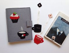 Cupcake&Fincan; Figürlü Gri kitap Kılıfı. 235109 | zet.com