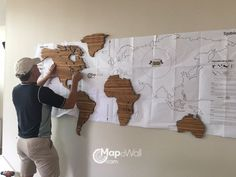Installing MapaWall wooden world map Zebrano with Hawaii 1