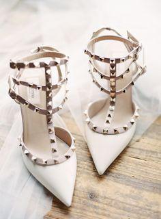 Studded pointed toe Valentino stilettos: http://www.stylemepretty.com/2016/10/17/urban-garden-wedding/ Photography: Sawyer Baird - http://www.sawyerbaird.com/ #weddingshoes