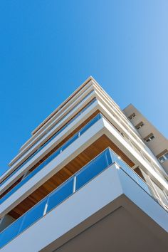 Detalhe da fachada do Edificio Residencial José Luiz Navarro, Faxinal - Pr. Fotografia por @rafaelpalazzioguimaraes .