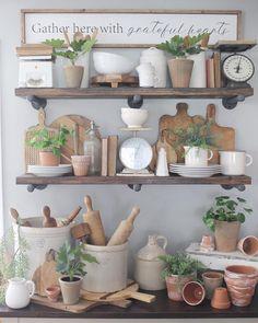 721 Likes, 91 Comments - Julie 🌿 Kitchen Shelf Decor, Farmhouse Kitchen Decor, Farmhouse Style, Dinning Room Shelves, Kitchen Bookshelf, Kitchen Ideas, Vintage Farmhouse, Painted Wood Signs, Hand Painted