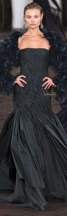 Ralph Lauren Fall Winter 2013 New York Fashion Week – FrisurenBest Trendy Dresses, Elegant Dresses, Nice Dresses, Fashion Dresses, Long Dresses, Ralph Lauren New York, Julien Fournié, Sweatshirt Dress, Kate Moss