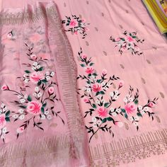 Embroidery Suits Punjabi, Embroidery Suits Design, Block Painting, Fabric Painting, Fabric Paint Designs, Fabric Design, Hand Designs, Flower Designs, Hand Painted Sarees