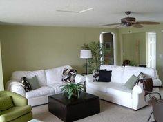 Beautifully decorated Family Room at 5435 Oakridge on Wixom Lake!