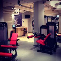 #Gym #kuntosali #roba #helsinki #workout #hammerstrength #finland #suomi #training #voimalaitos #design