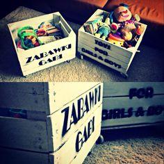 Skrzynki na zabawki. Pełen opis jak zrobić takie cudeńka na moim blogu www.prawie-perfekcyjna-pani-domu.blogspot.com