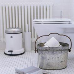 Bathroom accessories Bathroom Sink Faucets, Bathroom Towels, Bathroom Sets, White Bathroom, Bathroom Organisation, Organization Ideas, Bathroom Photos, Downstairs Bathroom, Interior Inspiration