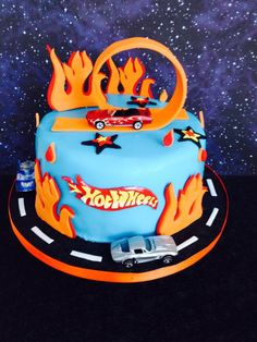 Hot wheels cake !!!                                                                                                                                                     More
