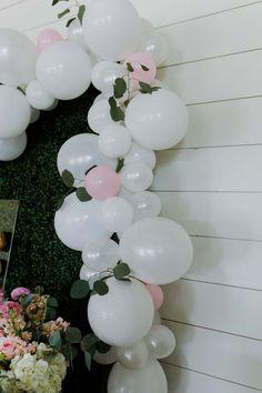 White Balloon Garland Kit – Wedding Balloon Garland Kit – Bridal Balloon Garland – Wedding Shower Ba - Home Page Bridal Balloons, Wedding Balloon Decorations, Garland Wedding, Birthday Balloons, Baby Shower Decorations, Birthday Parties, Balloon Wedding, Birthday Ideas, Bubblegum Balloons