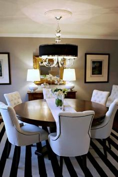 Love the dining table & chairs