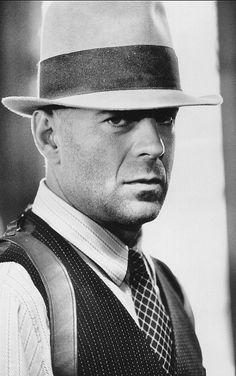 Bruce Willis last man standing one of my top ten movies.