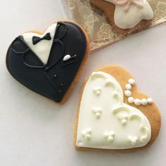 wedding couple icing cookie -tax and dress
