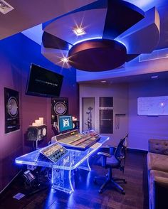 This very unique studio is Dream Asylum Studios in Hallandale, Florida. Very impressive!