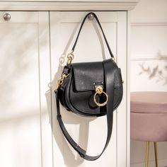 High Class, Designer Bags, Catcher, Saddle Bags, Chloe, Cool Outfits, Lisa, Handbags, Purses