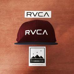 """zpr Snapback RVCA """"Logo III"""". R$169,90. Acesse para comprar:  http://theorionstore.com/store/bone-rvca-iii-2/  Frete grátis a partir de R$199 (qualquer valor para BH), desconto no boleto e parcelamos em até 6x no cartão sem juros!  #theorionstore #lojaonline #vendasonline #ecommerce #rvca #vasport #va #streetwear #urban #street #swag #belohorizonte #bh #minasgerais #brasil #fretegratis"""