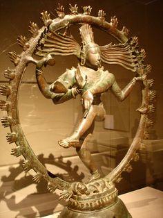 Bronze Chola Statue depicting Shiva dancing as Nataraja. Metropolitan Museum of Art, New York City.