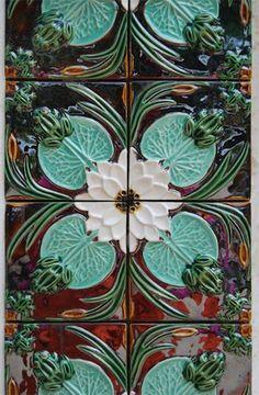 Portuguese-tiles-by-Bordalo-Pinheiro-415x634
