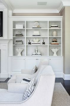 UPDATED GREENWICH RESIDENCE - Transitional - Living Room - New York - Susan Glick Interiors
