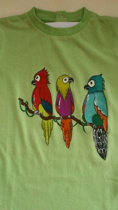 Que el bañador lleva loros? La camiseta a juego!!!. by Pepete T-shirts