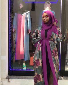 Kimono Outfit, Kimono Fashion, Hijab Fashion, Fashion Dresses, Eid Ideas, Mode Abaya, Girl Hijab, Muslim Fashion, Elegant Dresses