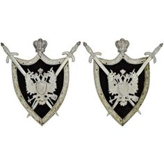 Medieval Coat of Arms Wall Art Plaques - A Pair (28.465 RUB) ❤ liked on Polyvore featuring home, home decor, wall art, sculptural wall objects, aluminum wall art and coat of arms plaque
