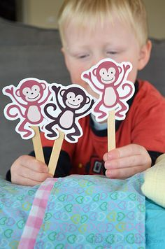 Printable Puppets - Five Cheeky Monkeys. - Picklebums - - Five Cheeky Monkeys and a Crocodile! Free printable puppets — for lesson on obedience (no more monkey jumping on the bed! Toddler Fun, Toddler Preschool, Toddler Crafts, Toddler Activities, Crafts For Kids, Toddler Learning, No More Monkeys, Five Little Monkeys, Monkey Puppet