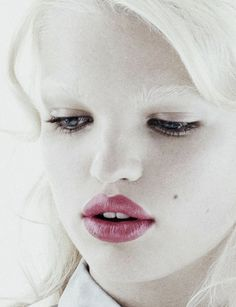 Daphne Groeneveld photographed by Toby McFarlan Pond for Schiaparelli & Prada: Impossible Conversations