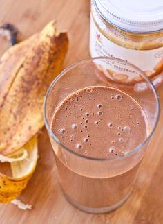 Peanut Butter Banana Breakfast Smoothie [Healthy, Desserts, Vegetarian, No-cook]