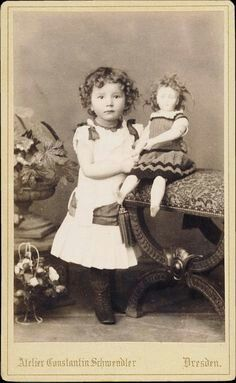 1880s girl with doll