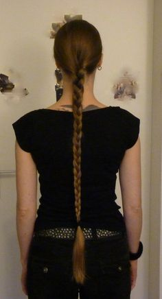 Again Kolga from Langhaarnetzwerk. Very thin hair but such a pretty braid. Best motivation to let fine thin hair grow long.