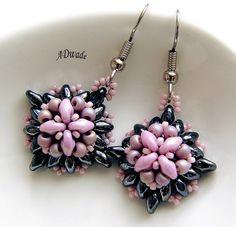 Beaded earrings Roseate