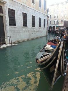 Gondola. / Venezia