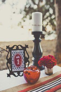 A(z) 91 legjobb kép a(z) Hófehérke inspirálta esküvők táblán  fbc18c88bc