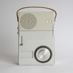 AMAZING MINIMALISTIC PRODUCT DESIGN FROM 1959 - The Braun TP1 portable transistor radio and phonograph by Dieter Rams.