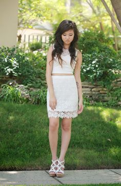We love how RomanticFawn paired her lace daisy #9thandelm skirt with her white crop top!
